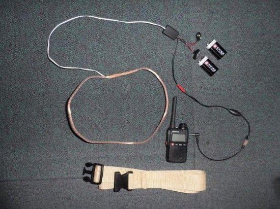 图为无线摄影设备,作弊者通过该装置来拍摄托业答卷并传输至考场外。(韩联社图片)