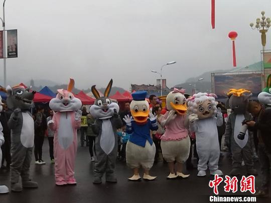 第五届中国木制玩具文化节在浙江云和举行 胡丰盛 摄