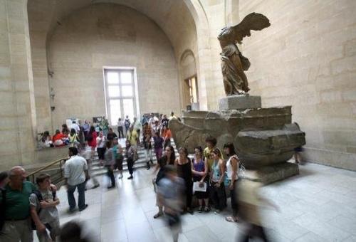 法国为修复胜利女神雕像两月筹集50万欧元(图)