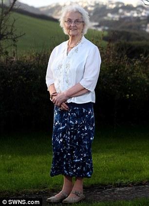 英国一女性减肥50年古稀之年终达理想体重(图)