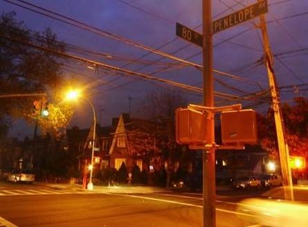 纽约一学校旁现暴露癖男子两女学生已遭猥亵