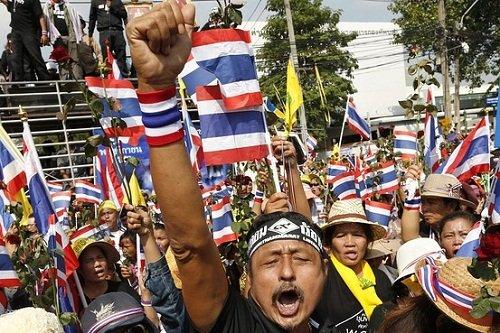 泰国示威扩散至泰南25府政府准备与抗议者会谈