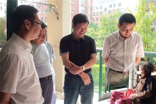 安徽宁国PS领导视察悬浮照事件续:一官员被免职