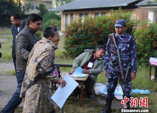 尼泊尔制宪会议大选投票日发生爆炸3人受伤