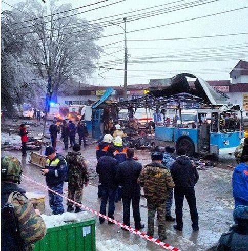 俄无轨电车爆炸死亡人数升至15人俄媒称属恐袭