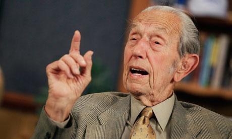 """频预测""""世界末日""""美国92岁牧师抱憾辞世(图)"""