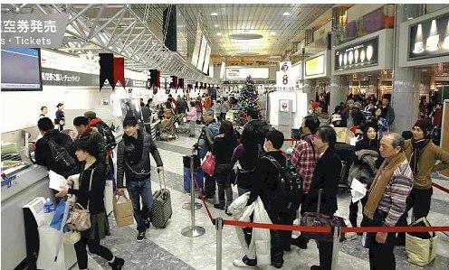 北海道因大雪136架次航班未起飞600余乘客滞留
