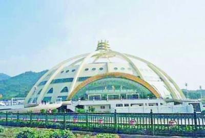 太阳宫外立面改造明年8月前完工。资料图片