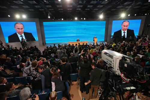 普京:俄罗斯未向乌克兰施压乌是兄弟国家