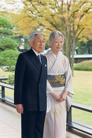 """日本天皇80岁生日感言:为""""过去那一场战争""""痛心"""