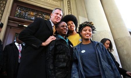 纽约新市长女儿坦言曾吸毒酗酒称已经戒除(图)