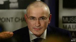 俄前首富霍多尔科夫斯基获得3个月瑞士签证(图)