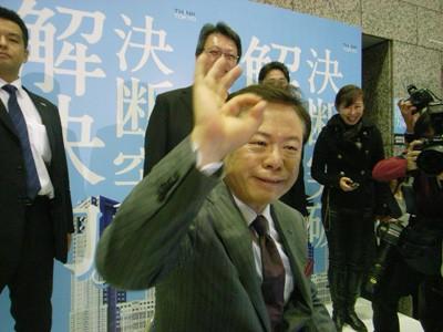 出席新书发布会的东京都前知事猪濑直树。