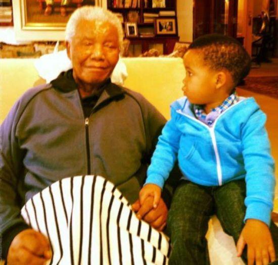 南非前总统曼德拉在世最后照片曝光[1]-中文国际