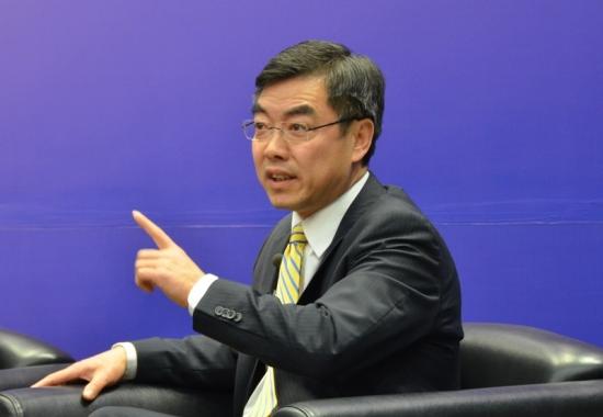 外交部官员:正想方设法打破外国对中国签证壁垒