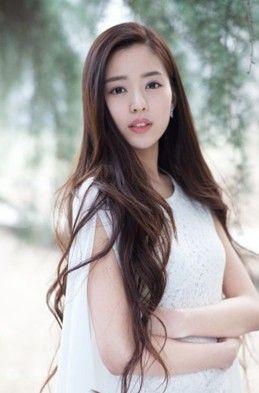 黄晓明新女友深圳校花温心