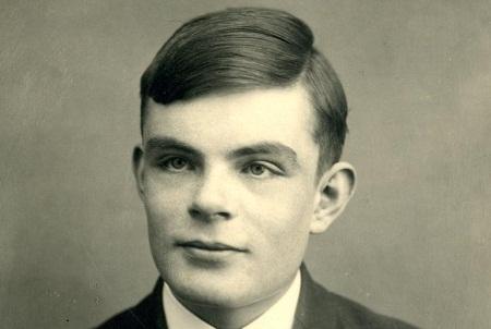 计算机之父图灵获英女王赦免曾因同性恋遭定罪