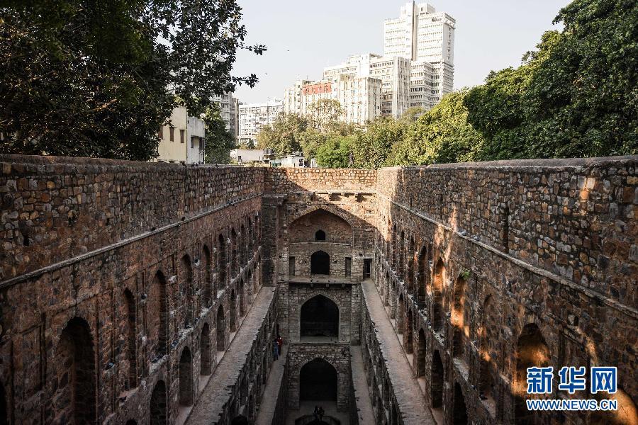 (国际)(5)探秘印度新德里古老的阶梯井
