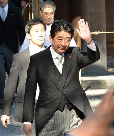 安倍即将在伊势神宫举行新年首场记者会谈施政(4)