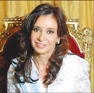 阿根廷女总统一个月未公开现身引起各种猜测