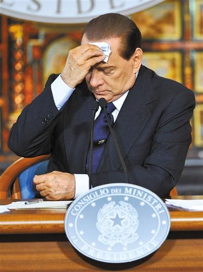 盘点那些深陷情色漩涡的政客:色字头上一把刀(6)
