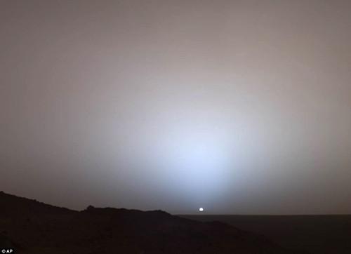 火星表面珍贵特写照展出蓝莓状颗粒物清晰可见(2)