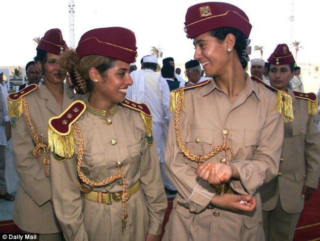 卡扎菲也曾强奸过自己的女保镖。