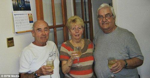 兄妹三人失散60余年终团聚住所仅相隔数米(图)