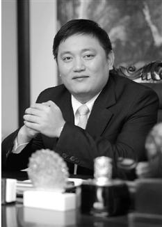 省政协委员、广厦控股集团有限公司董事局主席