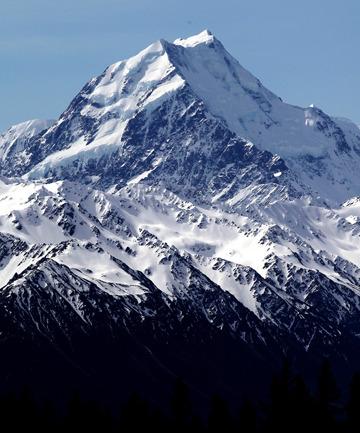 """新西兰最高峰再度""""变矮""""30米或因地貌变动"""