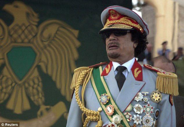 曾经不可一世的卡扎菲src=