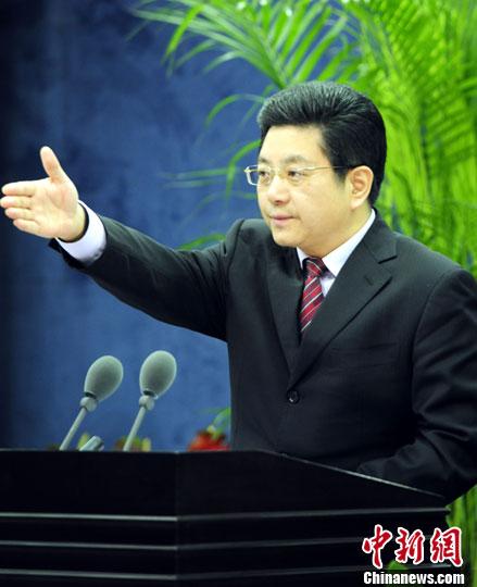 1月15日上午,国务院台湾事务办公室举行例行新闻发布会。国台办新闻局局长马晓光作为新闻发言人首次公开亮相。中新社发 张勤 摄