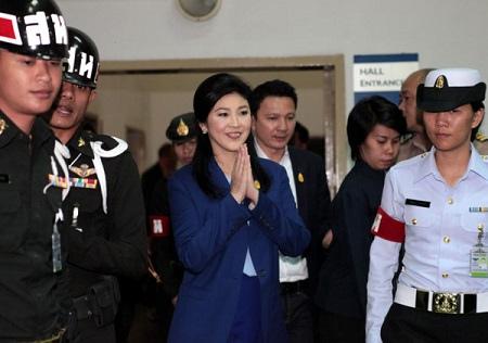 泰国看守总理英拉被指渎职反贪委员会将调查