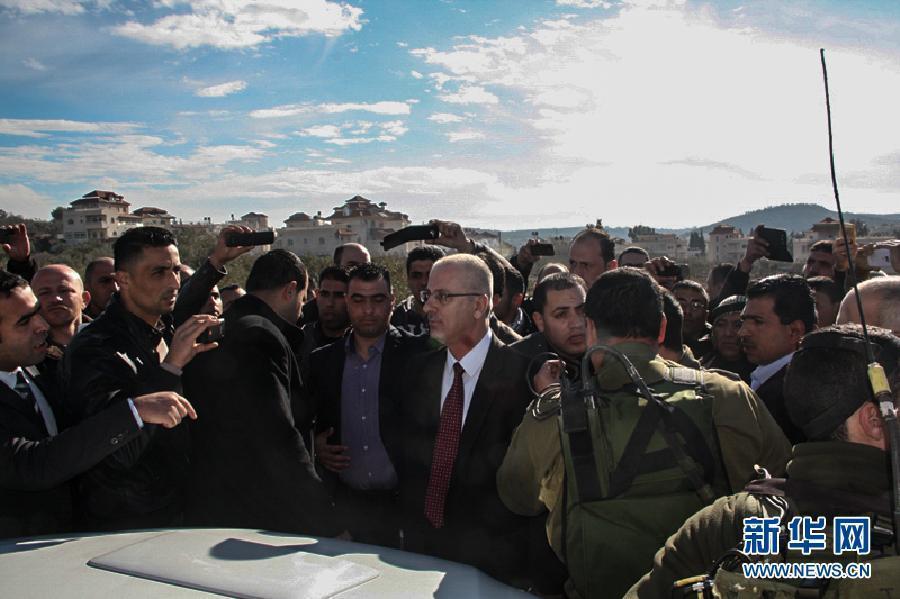 (国际)(1)巴勒斯坦总理车队遭以军拦截2小时