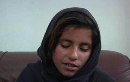 """10岁女孩被逼当""""自杀战士""""求阿富汗总统帮助"""