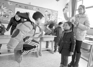 宁波一年级期末考出新招 游戏互动测评取代考卷